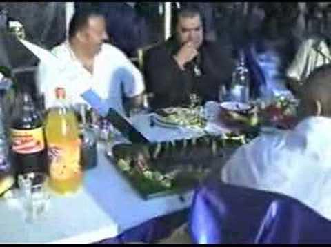 Clip video Stefan De La Barbulesti - Am Si Eu Un Fratior - Musique Gratuite Muzikoo