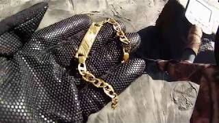 ENCONTRE BRASALETE DE $$ 2000 i found  ((( BIG GOLD BRACELET 14K))) metal detecting on the BEACH