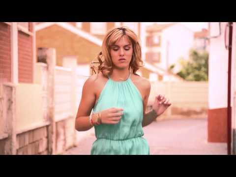 Producciones Galaxy presenta LET ME BREATHE. Bob Garca feat Amanda Lundstedt