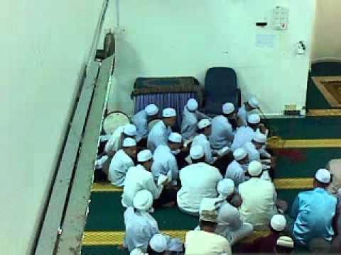 Qasidah burdah anak-anak Maahad Tahfiz Darul Hadith