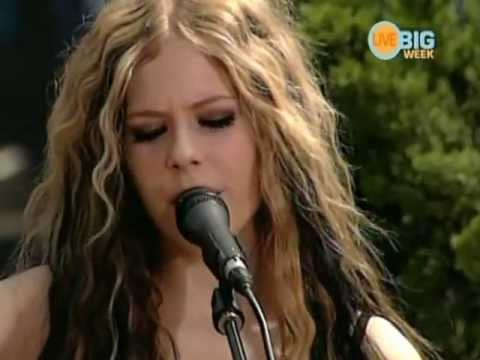 Avril Lavigne - My Happy Ending Acoustic [live Nick U Pick 2004] video