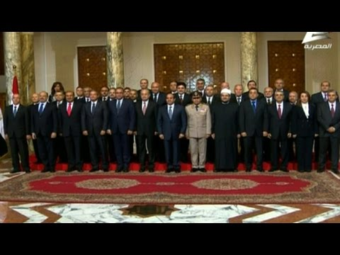 Sisi swears in new Egypt government