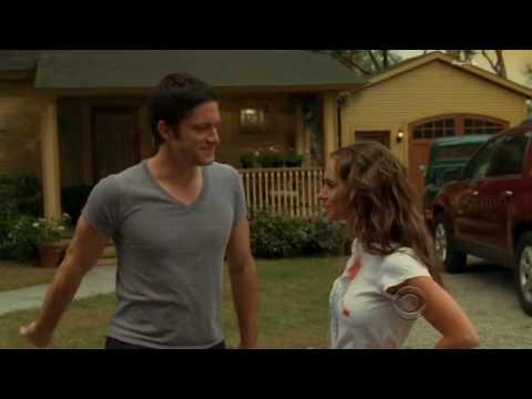 Ghost Whisperer: Jennifer Love Hewitt Strips Off To Bra