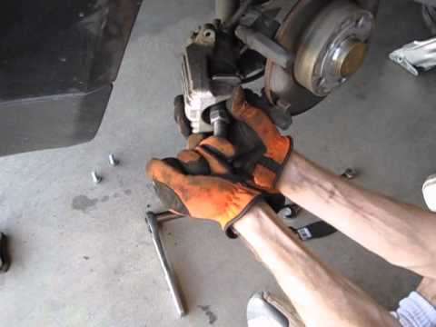 Volkswagen Jetta Rear Brake Pads Replacement