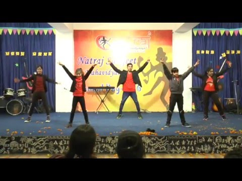 Natraj Sangeet Mahavidyalaya Students Performing  Bollywood Dance