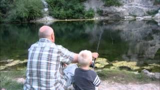 Watch Jeff Bates Riverbank video