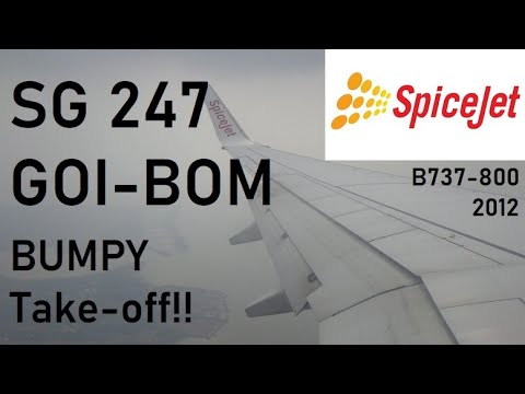 Spicejet Boeing 737-900ER take-off from Goa