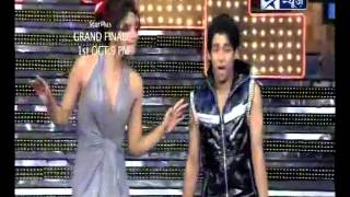 Shah Rukh Khan, Priyanka & Deepika at 'Just Dance' finale