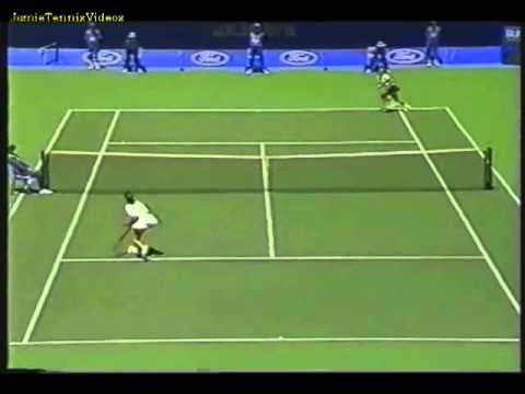 Martina Hingis vs Amanda Coetzer 1996 AO Highlights 2/2