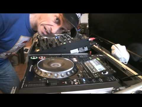 DJ LESSON  ADVANCED BEAT MATCHING TUTORIAL, HELP WITH GETTING THE BEATS SPOT ON BY DJ TUTOR