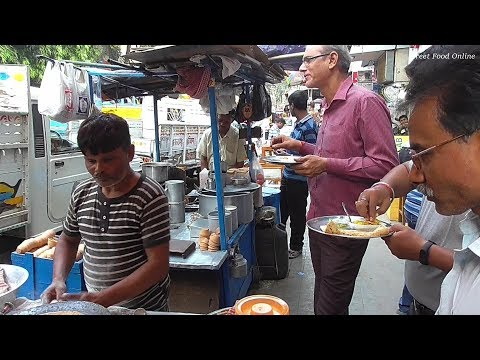 2 Aloo Roti Sabji 14 Rs & 2 Chatu Roti Sabji 12 rs | Kolkata Street Food Besides Tea Board