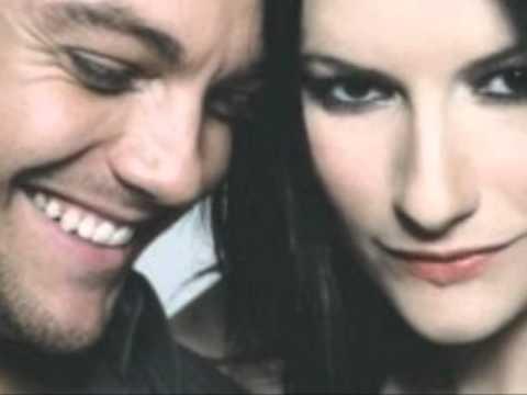 Tiziano Ferro feat Laura Pausini - Vivimi - in versione Live