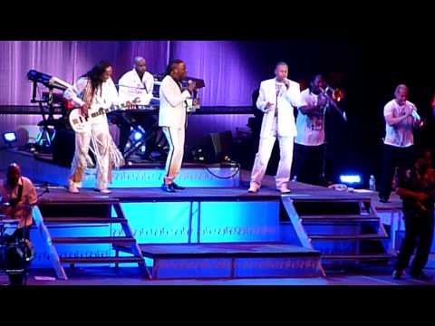 Earth Wind & Fire - Live in London - July 2010 - Boogie Wonderland Music Videos