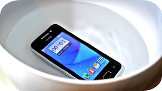 The Cheapest Way to Waterproof any Phone or Tablet? | 4K