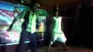 Mon Curi Cara Kaj Nei Amar Ai Monta By-Onno Rokom Dance Clab