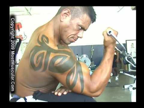 Bodybuilder Leroy Cedillo trains, poses