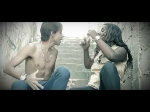 MC Myna - Amor de Menina ( Clipe Oficial) Music Videos