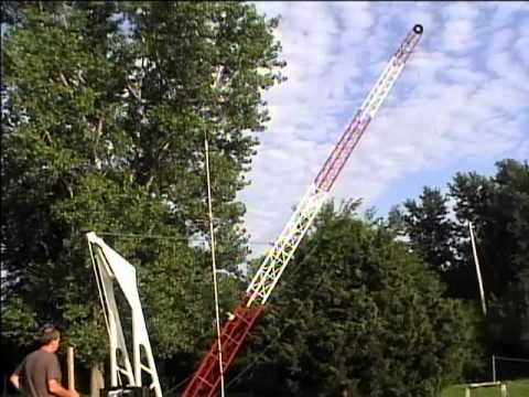Amateur Radio Tower Raised in Under 45 Seconds!