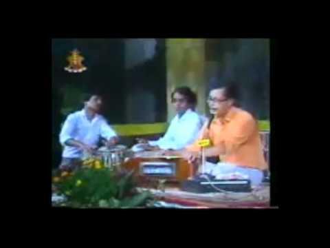 Lau suna ma bhanchu by Narayan Gopal