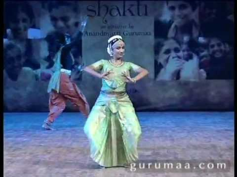 Nikki Jahi Kali From Suno Suno Meri Awaaz, Performance By Yamini Reddy video