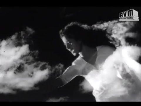 Mannavane Azhalama Old Song - Karpagam (கற்பகம்) video