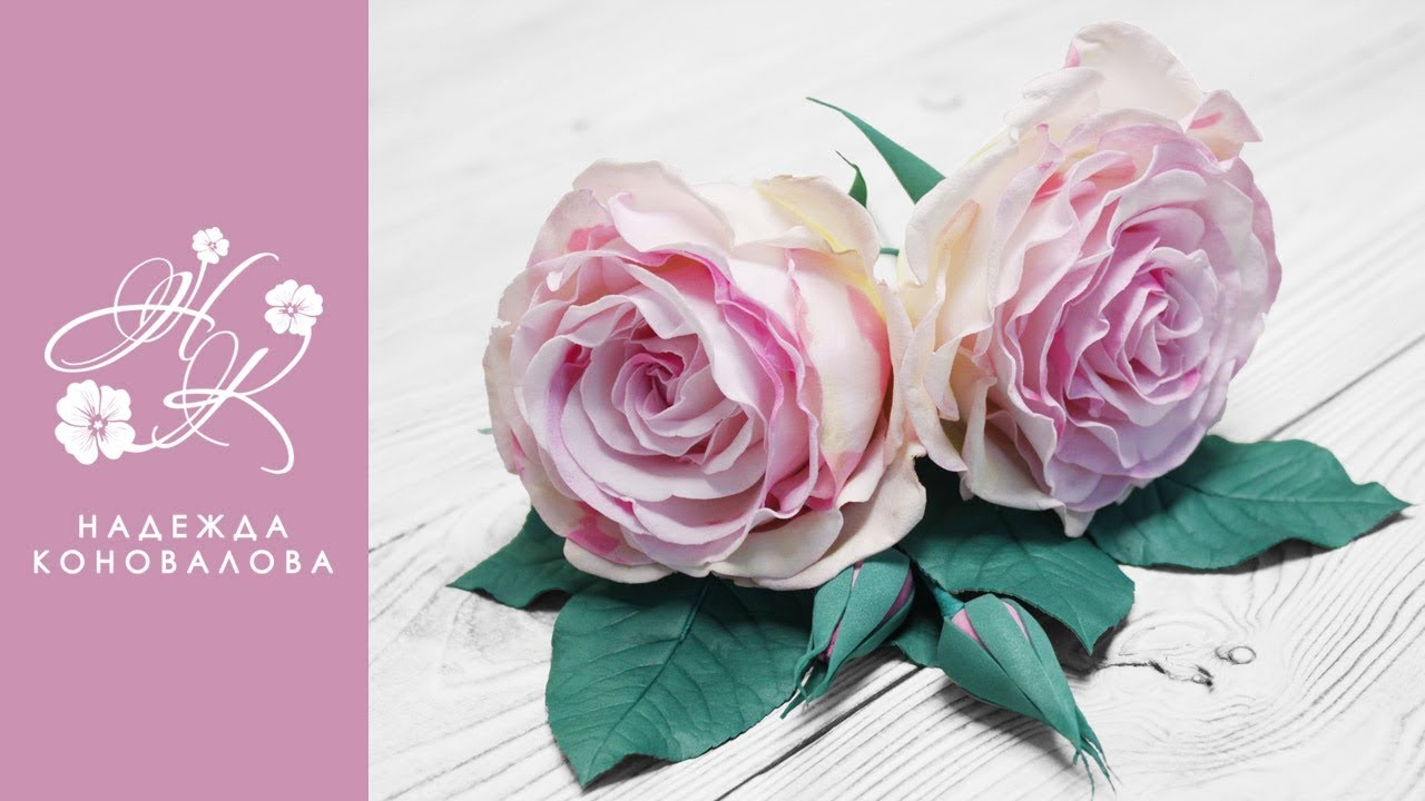 Мраморные розы из зефирного фоамирана в стиле Алиса в Стране Чудес