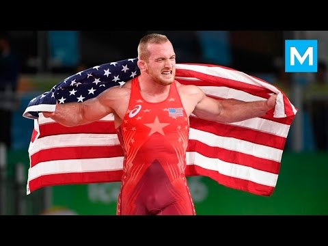 Wrestling Gold Medalist Kyle Snyder Training | Muscle Madness