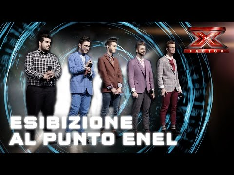 L'esibizione degli Spritz For Five al Punto Enel di Milano