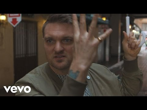 Cold War Kids - Love Is Mystical (Behind The Video)