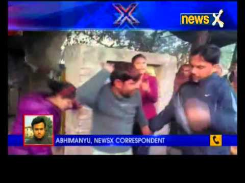 Moradabad: 'Eve-teasear' beaten up in public place by two girl