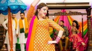 Most Viewed Pakistani Mehndi - Hina & Shakil - 2015 The City Pavilion, London