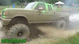 THIS IS MUDDIN!!!   TRAIL TRUCK CLASS MUD BOG!!