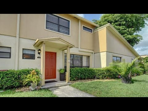3370 Beau Rivage Dr, Pompano Beach, FL Presented by Margaret Klausch.