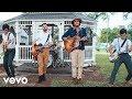 Morat, Juanes - Besos En Guerra (Video Oficial)