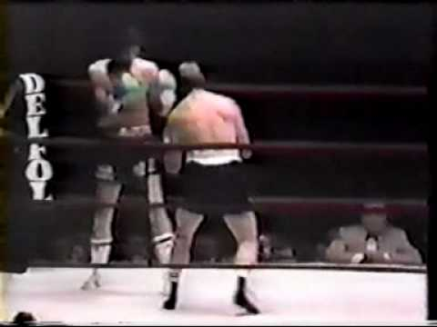 Carlos Monzon vs Tom Bogs Video