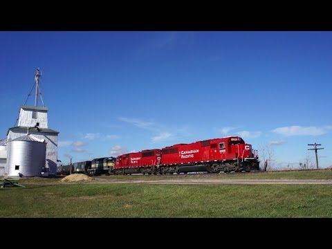 CP 6229 with the 634 Ethanol Train at New Lebanon, Ill on 11/3/2013