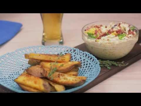 Receta para papas fritas con dip de queso y tocino