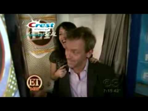 Hugh Laurie and Lisa Edelstein - The Way You Look At Me