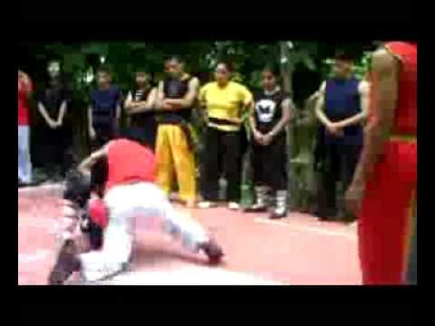 cumbe capoeira (cajuero) vs kung fu (vale todo)