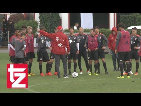 FC Bayern München: Highlights vom zweiten öffentlichen Training mit Carlo Ancelotti