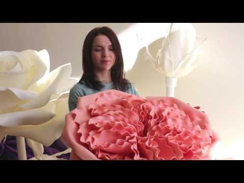 Огромные цветы из изолона