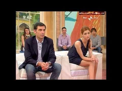 Miriam Leone @ Mattina in Famiglia (08.05.10)