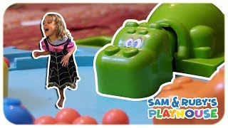 VAMPIRINA PLAYS REAL LIFE HUNGRY HUNGRY HIPPO IRL - Sam and Ruby's Playhouse