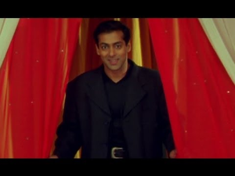 Salmans unique style of greeting - Hum Dil De Chuke Sanam
