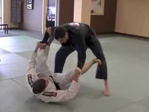 Basic Spider Guard Sweep by Marcos