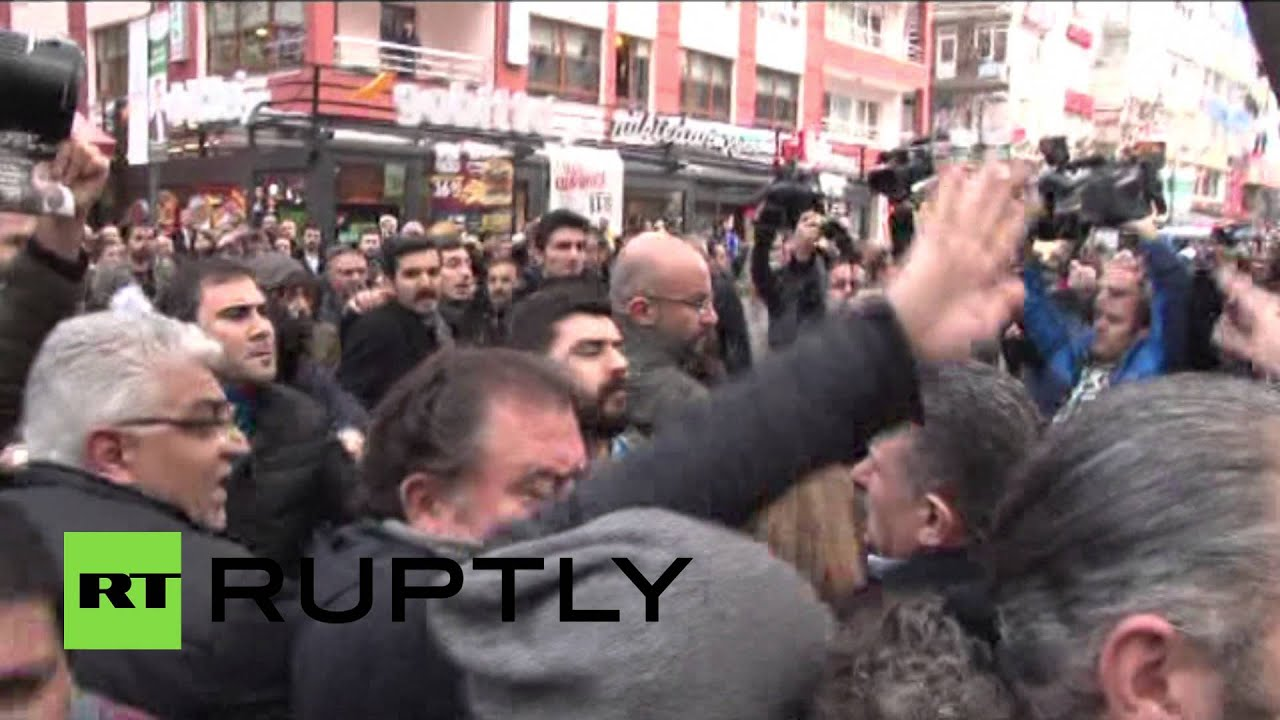 Turkish police use pepper spray to disperse protesters in Ankara