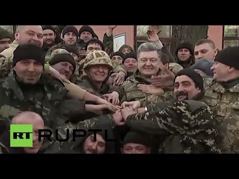 Ukraine: Poroshenko signs autographs for Ukrainian Army soldiers