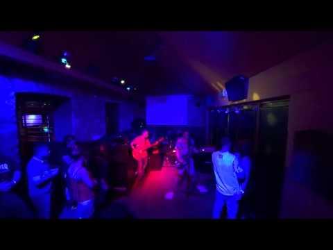 Paps gig Idols sports bar Kendal