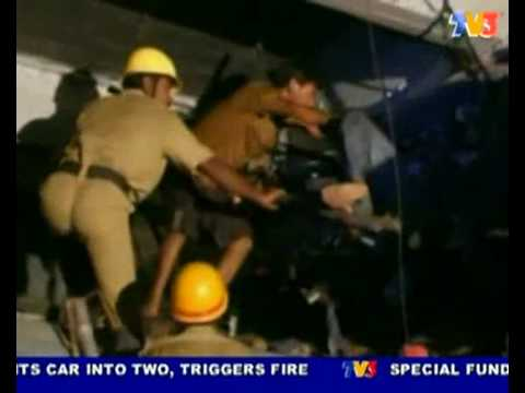 91 people killed, 125 other injured. India train crash (Nightline 20/7/10)