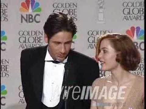 Gillian Anderson & David Duchovny on Golden Globes 1997 Video